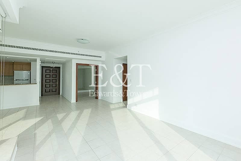 2 Beautiful Marina View on Middle Floor | Tenanted