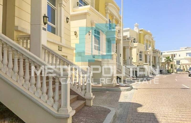 2 Stand Alone Villa| Huge Balcony & Amazing View