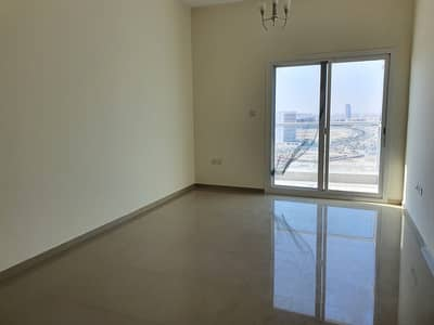 شقة 1 غرفة نوم للايجار في مدينة دبي الرياضية، دبي - شقة في برج يوني استايت الرياضي مدينة دبي الرياضية 1 غرف 28000 درهم - 4889056