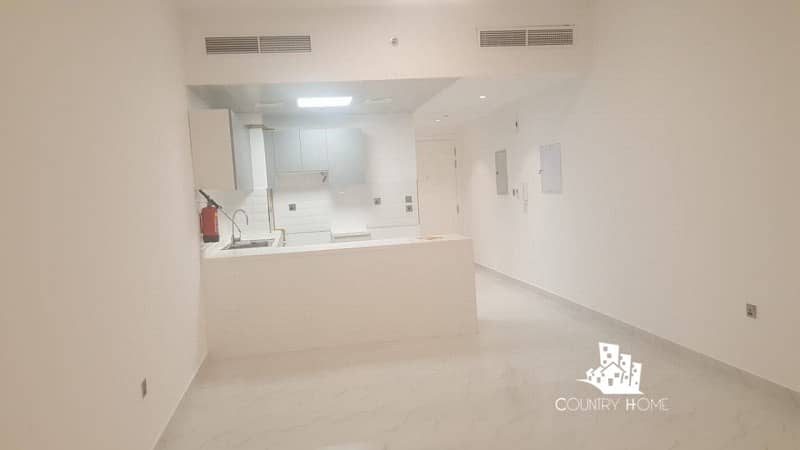 Beautiful Spacious | Studio | Chiller Free Ready  to Move