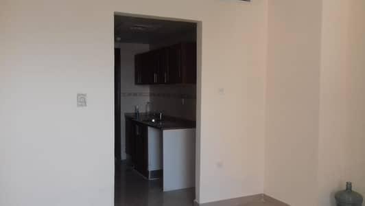 استوديو  للايجار في منطقة الرولة، الشارقة - شقة في منطقة الرولة 10000 درهم - 4935395