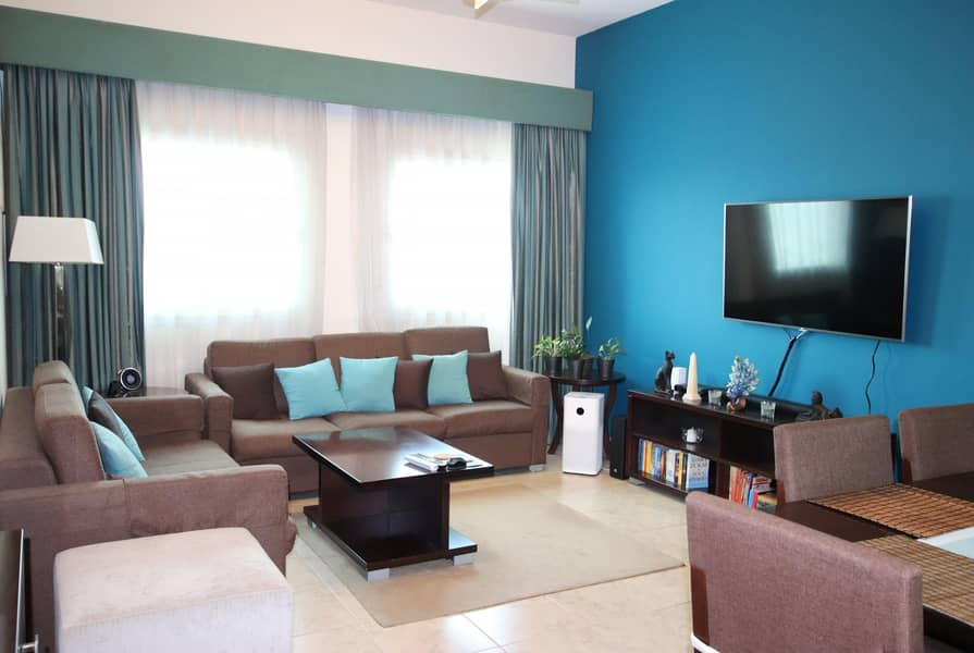 2 Good Sized 2Bedroom | With Balcony | Equipped Kitchen
