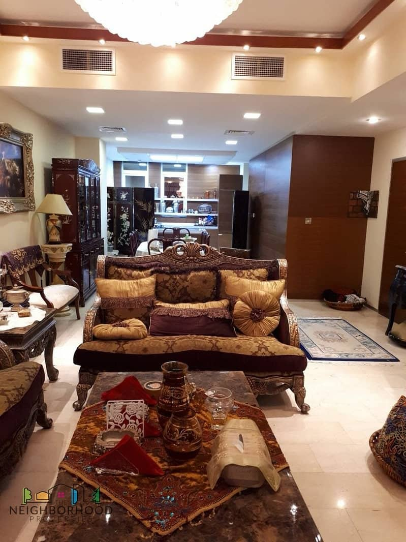 Amazing  Luxurious Fully Furnished 4 Bedroom Vacant Town House For Sale