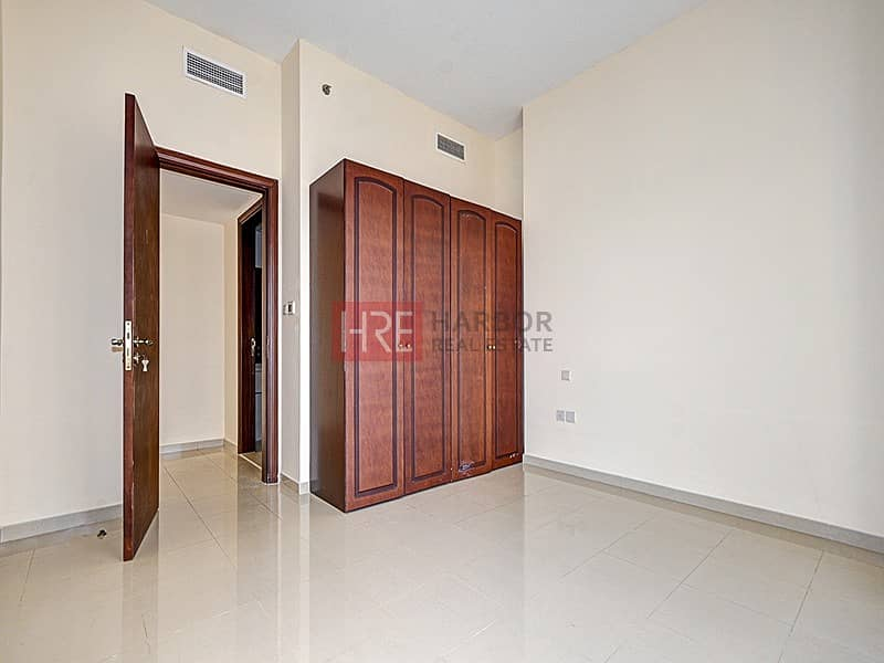 2 1 BR   Large Balcony   Golf View   Pet Friendly