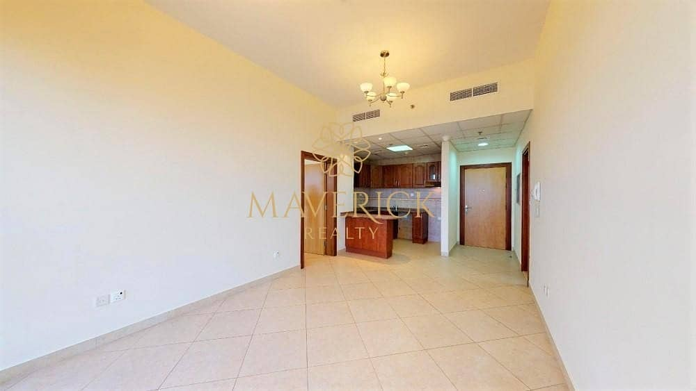 2 Bright 1BR | Chiller Free | Next to Metro