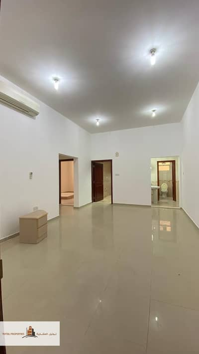 2 Bedroom Flat for Rent in Shakhbout City (Khalifa City B), Abu Dhabi - 2 Bed Apartment For Rent