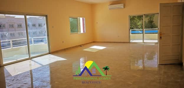 فلیٹ 3 غرف نوم للايجار في الجيمي، العین - Stunning Apartment Very Large Lounge With Balconies