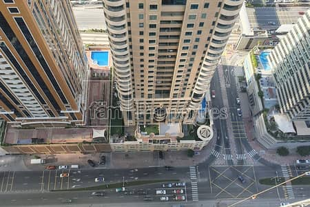 2 Bedroom Apartment for Sale in Dubai Marina, Dubai - Spacious 2 bedroom Apartment with nice layout