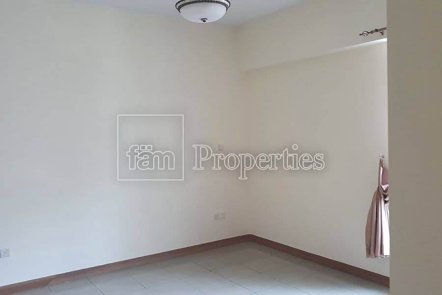 2 Spacious 2 bedroom Apartment with nice layout