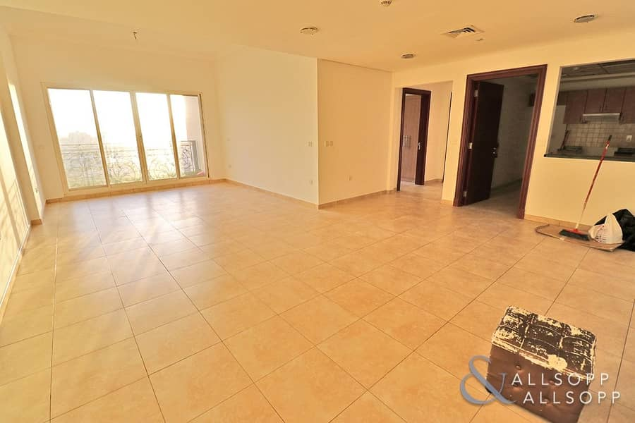 10 Two Bedroom | Unfurnished | Large Layout