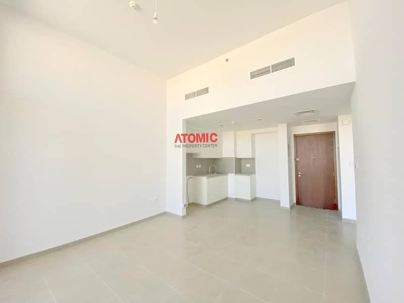 2 SPACIOUS SIZE LARGE APARTMENT  | ONE BEDROOM | BALCONY+LAUNDRY+PARKING | TOWN SQAURE