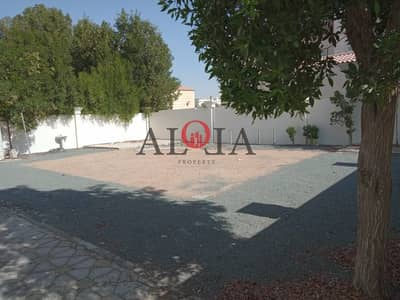 5 Bedroom Villa for Rent in Mohammed Bin Zayed City, Abu Dhabi - Stunning Stand Alone Villa  5BHK with a Huge space area and garden front and back side