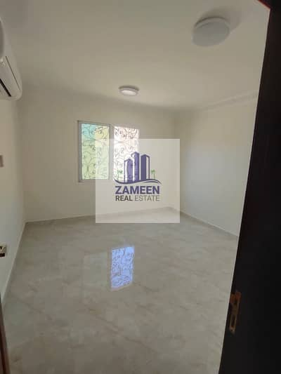 3 Bedroom Villa for Rent in Mohammed Bin Zayed City, Abu Dhabi - SEPERATE ENTRANCE 3 BED AND HALL WITH MAID ROOM MULHAQ IN MBZ