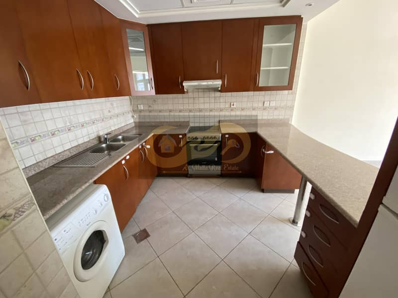 2 Spacious 1Bedroom Very Clean Apartment