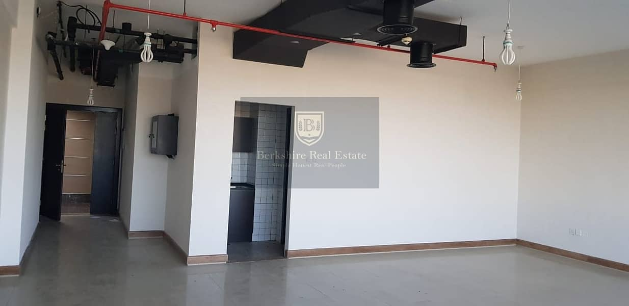15 Excellent Rent Offer | Clean Spacious Office | SIT