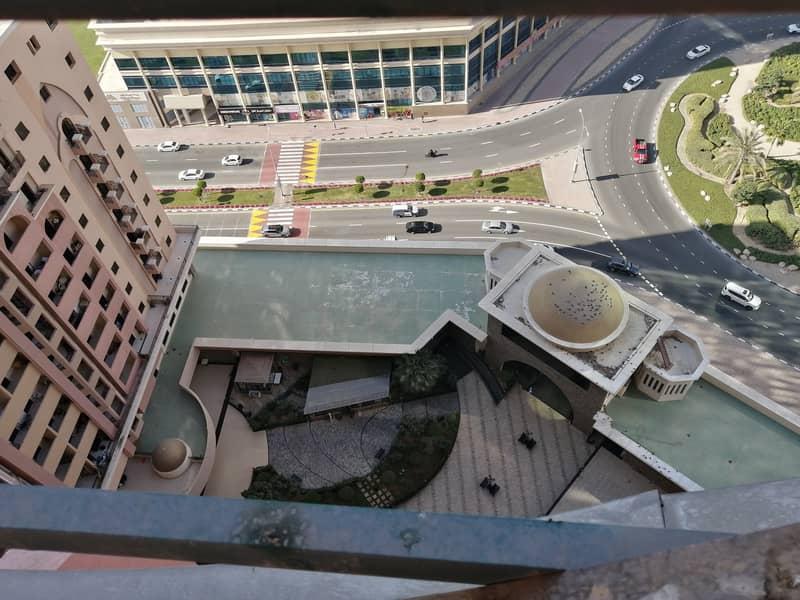 Chiller Free ! Studio apartment for rent at silicon gate 1 in Dubai Silicon Oasis.