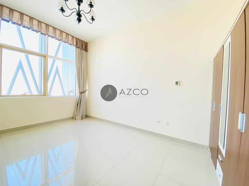 2 Spacious 3BHK |Great Location |Semi Closed Kitchen