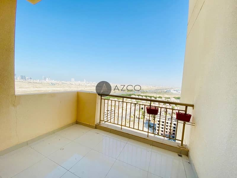 10 Spacious 3BHK |Great Location |Semi Closed Kitchen