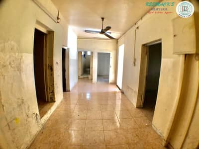3 Bedroom Villa for Rent in Al Qadisiya, Sharjah - 3 B/R Hall villa available in Al Qadisiya Area