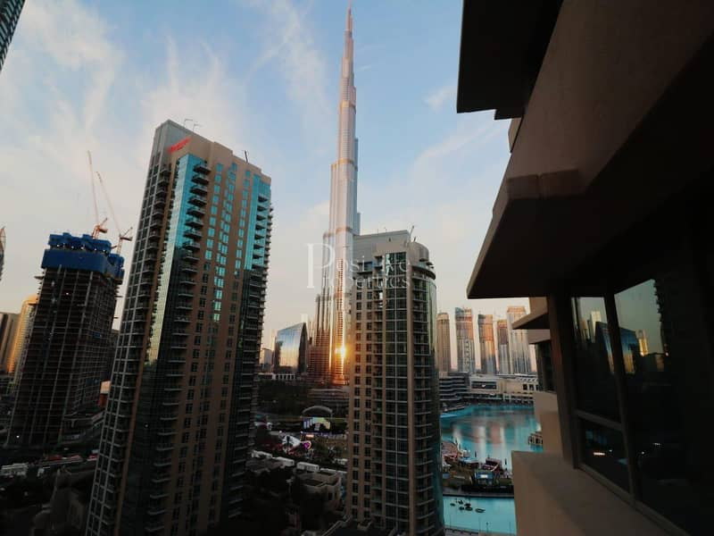 2 STUNNING BURJ AND FOUNTAIN VIEW