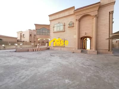 7 Bedroom Villa for Rent in Khalifa City A, Abu Dhabi - independent 7 BR Villa | MULHAQ & PARKING & PRIVATE POOL & ?HUGE YARD