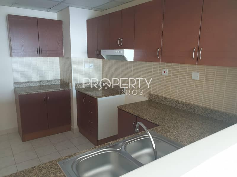 2 Amazing Deal |Spacious 1 bed|Well maintained