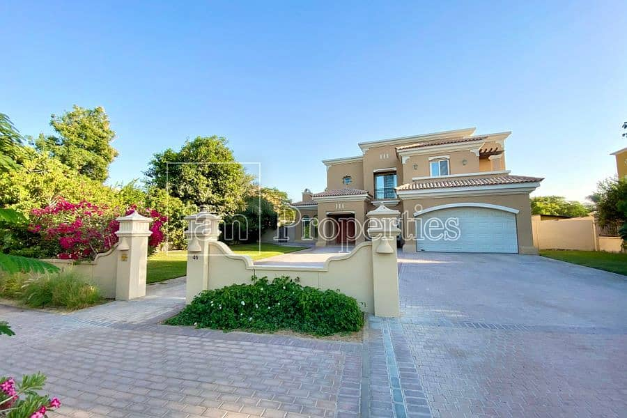 | Well Maintained | 4 Bed Villa with Pool |