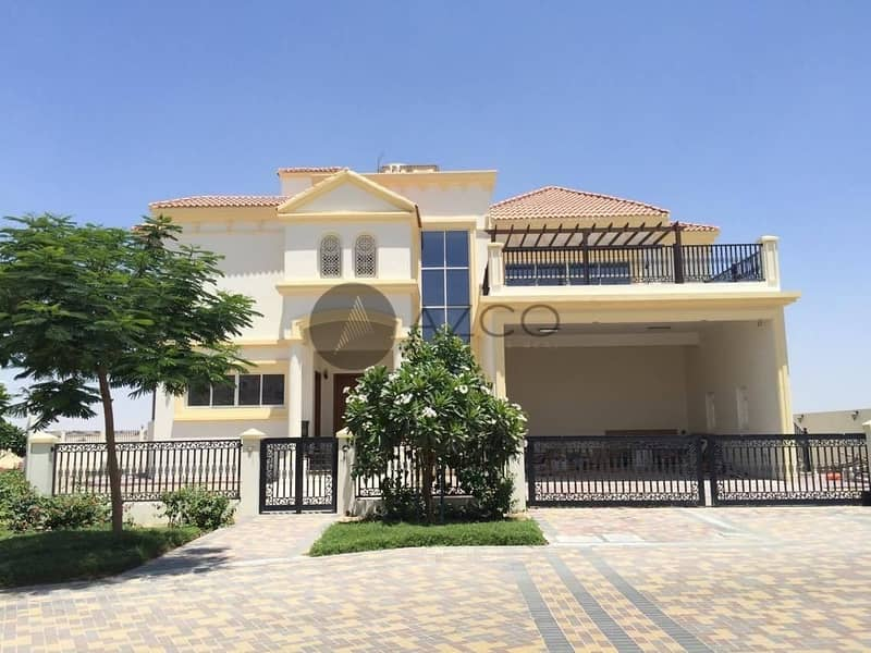 SPACIOUS LIVING|PERFECT FOR FAMILY|GRAB KEYS NOW!