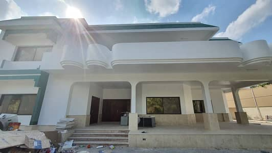 4 Bedroom Villa for Rent in Musherief, Ajman - For rent, a large, luxurious, new maintenance villa in Al-Mushairef on two streets