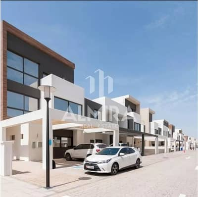 3 Bedroom Townhouse for Rent in Al Salam Street, Abu Dhabi - Elegant 3 + Maid TH With Perfect Price l Hot Deal