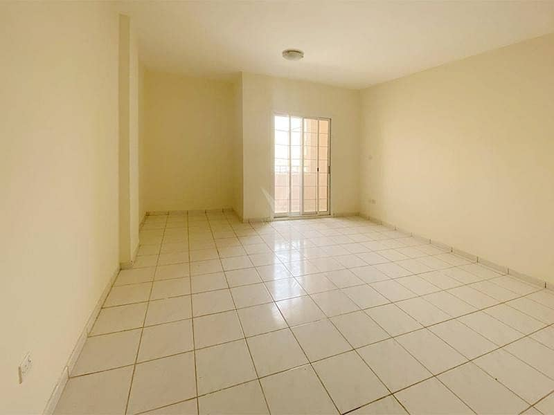 2 Vacant 1BR with Balcony | Upto 4 Cheques