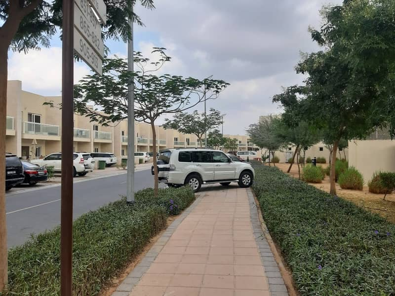 9 3BR+MAID'S ROOM VILLA  |CORNER END UNIT| WELL MAINTAINED