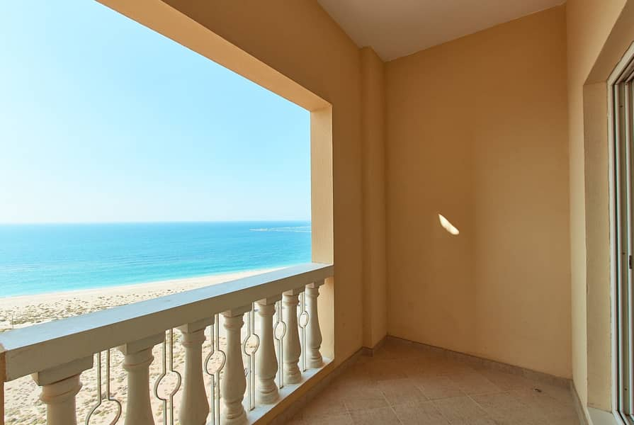 2 Amazing Apartment | 3 Bedrooms | With a Beautiful Sea View