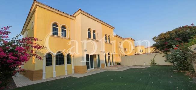 5 Bedroom Villa for Rent in Jumeirah Park, Dubai - Upgraded 5 Bedrooms Legacy villa in Jumeirah Park