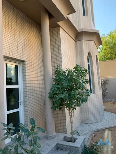 5 Bedroom Villa for Rent in Al Wasl, Dubai - 5 Bedroom Villa With swimming Pool For Rent Al Wasl Road