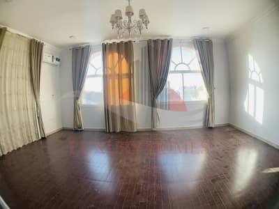 5 Bedroom Villa for Rent in Al Hili, Al Ain - Compound Newley Renovated with Maid's Room