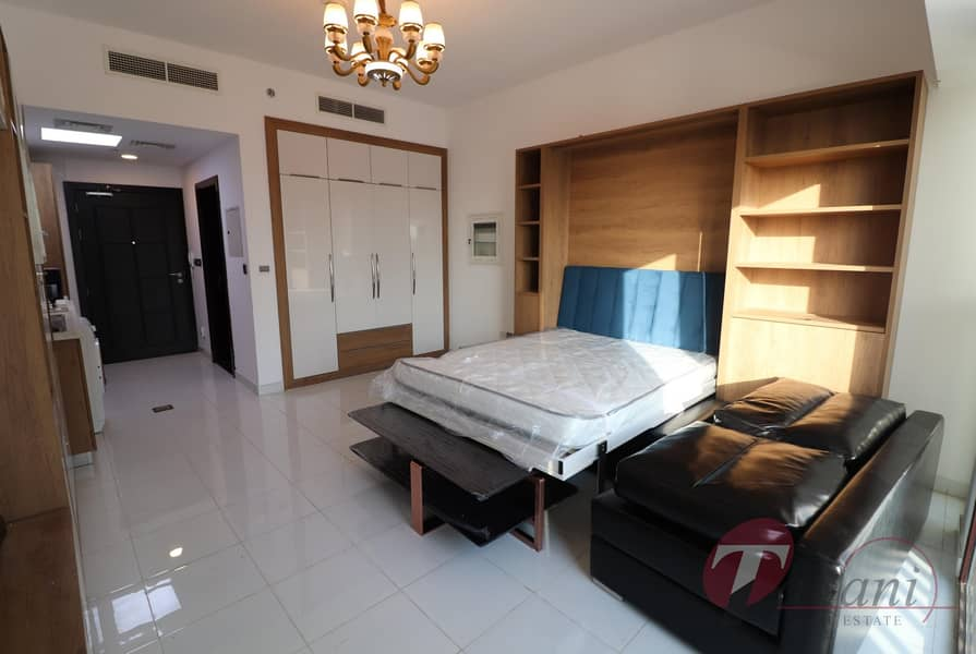Chiller free| Amazing layout| Close to metro station| Higher floor