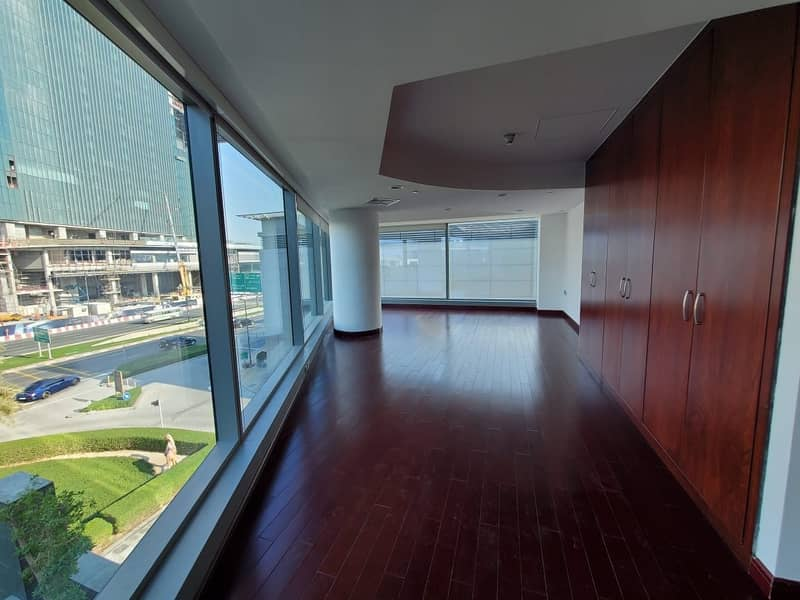 2 Must View | Huge and Luxurious | Massive 4Bed+Maids Duplex | All En-suites  Favorite  Share