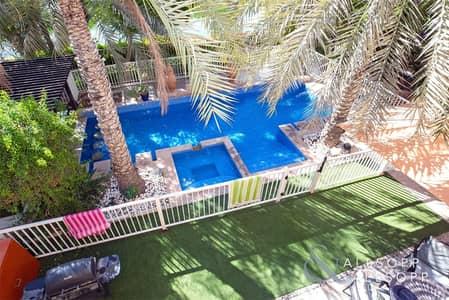 4 Bedroom Villa for Sale in The Meadows, Dubai - Meadows 8   4 Beds   Hattan E2   Lake View