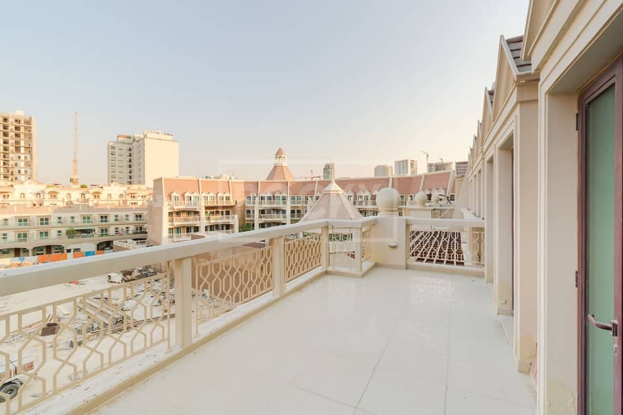 16 Ready To Move In | 2-Bed | Le Grand Chateau