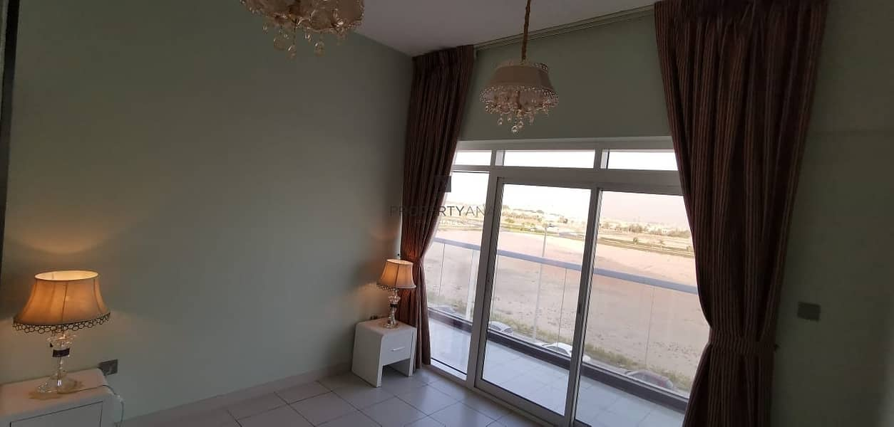 Furnished 2 BR + Study |Road View | 2 Parking