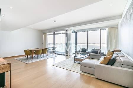 شقة 1 غرفة نوم للبيع في جميرا، دبي - Huge and Elegant | Furnished | Sea Views