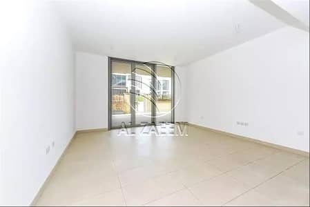 3 Bedroom Flat for Sale in Al Raha Beach, Abu Dhabi - High ROI   TH with Amazing Views of the Sea and Facilities
