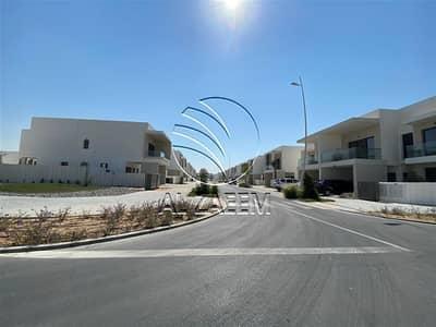 فلیٹ 2 غرفة نوم للبيع في جزيرة ياس، أبوظبي - Hot | Brand New 2BR w/ Study Room in Good Location