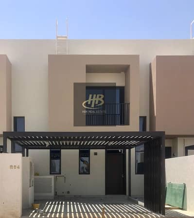 3 Bedroom Townhouse for Sale in Al Tai, Sharjah - HOT PRICE. SPECIAL 3BHK+MAID'S ROOM TOWNHOUSE READY TO MOVE