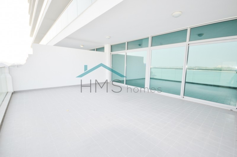 AZURE |LARGE BALCONY SPACE | 1400 SQ FT- th-img3