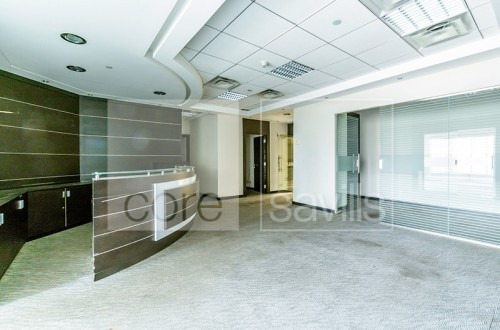 Fitted with partitions office in Al Khalidiya