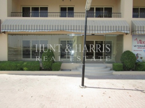 Prime Location - Commerical Unit - Al Hamra Village Golf Apartment
