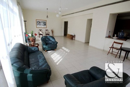 4 Bed | Available Now | Pool View<BR/><BR/><BR/>