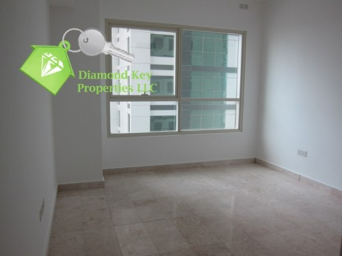 Largest one bedroom with a balcony in Marina Square